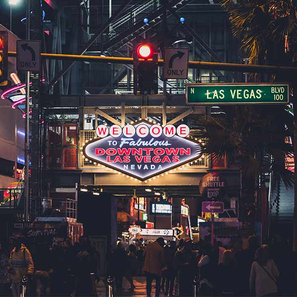 Las Vegas Attractions Pass | 30 Las Vegas Attractions for Free