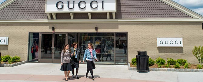 Woodbury Common Premium Outlets 2020 info and deals | Save $42 - Use New  York Sightseeing Pass